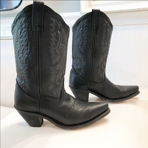 Black leather cowgirl boots 8 EUC